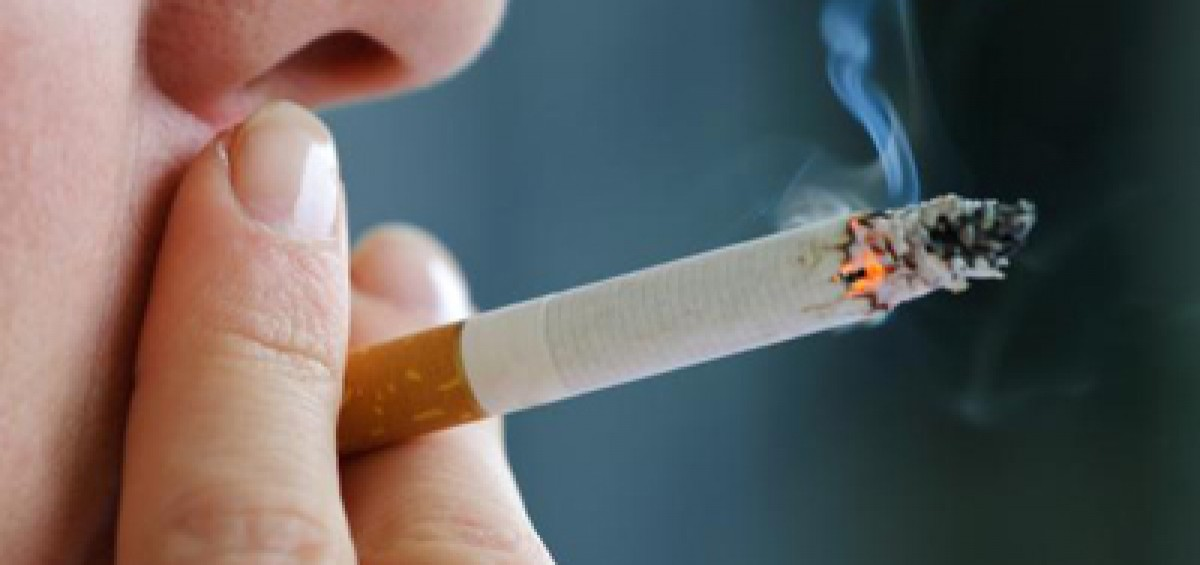 Cigarette_smoking_400